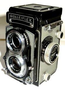 Rolleiflex model T,  Grey, TLR Camera. Zeiss tessor 75mm f3.5. C1960.
