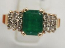 VINTAGE LEVIAN 14K YELLOW GOLD RING WITH EMERALD & DIAMONDS. SIZE 7 DISCONTINUED