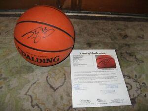 Shaq SHAQUILLE O'NEAL AUTOGRAPHED SPALDING NBA  BASKETBALL JSA CERTIFIED