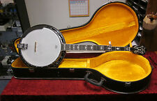 Fender FB-58 B5 String Banjo With Hard Shell Case