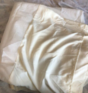 Queen Bed Skirt Cream