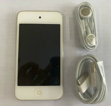 Apple iPod Touch 4th Generation 8GB white MP3 Player With accessories