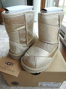 UGG Classic Short II Patchwork Gold Boot, Toddler 7 (NEW) Free Shipping