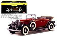 SUNSTAR 1:18 1932 FORD LINCOLN KB TOP DOWN DIE-CAST RED 6166