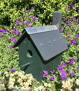 BIRD HOUSE NESTING BOX - HANDMADE BESPOKE - FOREST GREEN - VERY SOLID & STURDY