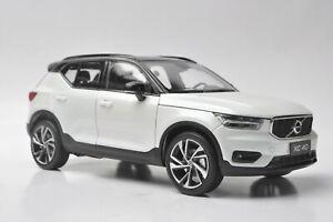 Volvo XC40 car model in scale 1:18 White