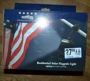 NIP Residential Solar Flagpole Light for 5ft to 7ft flagpoles