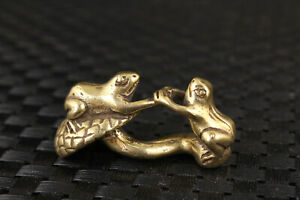 Chinese bronze hand casting frog statue figure valuable tea pet