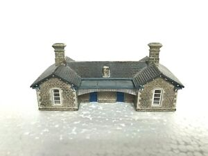 N Gauge Graham Farish Scenecraft 42-063 Stone Station Building