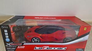 XSTREET PRESTIGE COLLECTIBLE 1:12 Scale Radio Control Ferrari 'LaFerrari'