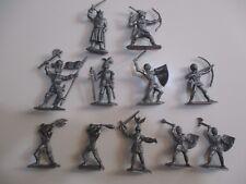 JEM Figurine moyen age 1/32 Norev Non peint Jeu de 11 personnages
