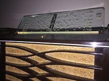 Philips 115 Bakelite AM Valve Radio  Made in Australia.