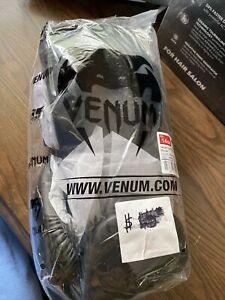 Venum Contender Boxing Gloves - 14oz - Black -