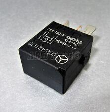 MERCEDES-BENZ A B C E M CLASS 4 PIN Multifunzionale Nero relay 0025421119 a1001-x42
