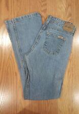 Women's Levi Signature Jeans ~ Low Rise ~ Boot Cut ~ Size 4 Medium