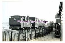 jp0023 - Railway Engine no 21 Sandown at Ryde , Isle of Wight - photograph