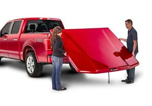 UnderCover UC1178S Elite Smooth Tonneau Cover Fits 19-21 Silverado 1500