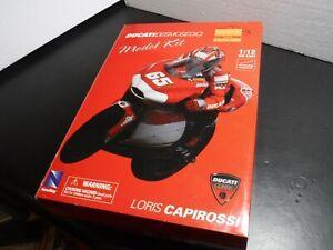 Newray 1/12 Scale 2003 Moto GP Ducati Desmosedici Loris Capirossi Die-cast Kit