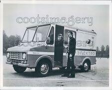 Vintage Delivery Truck Make Model Unknown Press Photo