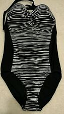 NEW Merona Black and White Slimming One-Piece Suit With Built In Cups Sz SM