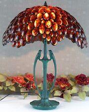 Handgefertigte Lampen aus Messing