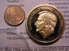 Medaillie Villa Hammerschmidt Amtssitz Bundespräsident Weizäcker 12g vergoldet