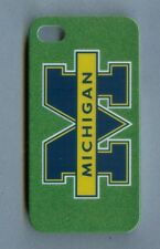 MICHIGAN WOLVERINES 1 Piece Glossy Case / Cover iPhone 4 / 4S (Design 2)+Stylus
