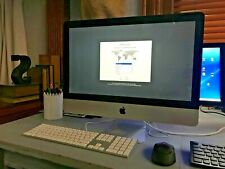 Apple iMac 21.5- All In One Intel Core computer with key board and mouse