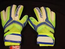 Reusch Soccer Goalie Gloves SERATHOR Prime G2 OrthoTec Finger Stays 3770930S SZ9