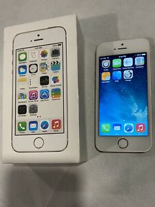 Apple iPhone 5s 16GB Gold Unlocked A1533 iOS 7.1 Jailbreak