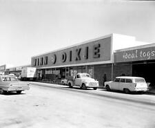 Photo. ca 1964. Florida Keys. Winn Dixie - Sears Town