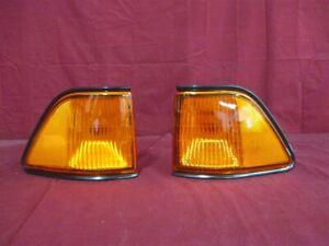 NOS OEM Dodge Spirit Fender Mounted Side Marker Lamp 1992 - 95 PAIR W/AMBER LENS