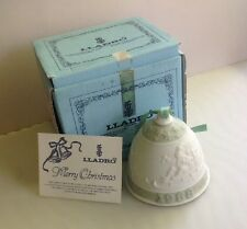 Lladro Chirstmas Bell White Porcelain Green Santa and Sleigh #5.525 1988