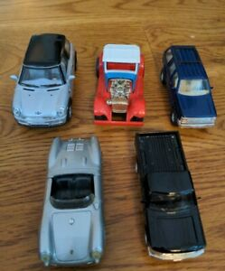 Maisto Porsche Spyder, Ford Explorer, Ford Explorer, Tonka Roadster, Mini Cooper
