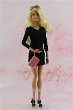 Vintage petite robe noire fait main / vêtements / Outfit pour poupée Barbie Silkstone B1