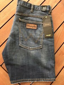 BNWT Wrangler Mens Denim Jeans Dark Blue Wash Cigarette Casual Shorts Size 36