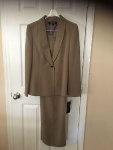 Womans Kasper Taupe Pants  Suit  - Size 10