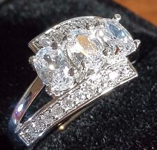 Diamond style WHITE TOPAZ 18CT WHITE GOLD FILLED RING SIZE 8US