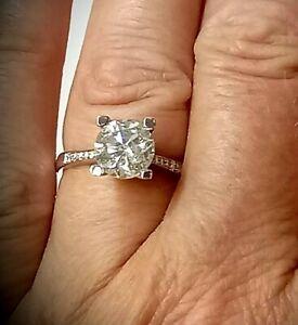 2.53ct Engagement ring/Diamond shoulders