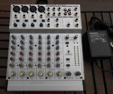 Behringer eurorack MX 802a Ultra Low Noise Design mesa de mezclas 8 Mezclador de canales