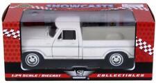 Motormax 1979 Ford F-150 White Pickup Truck 1:24 Diecast Car Model - 79346AC-W