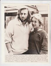 BJORN BORG & FIANCEE MARIANA SIMIONESCU 7/6/80 AP WIRE 8X10 PHOTO
