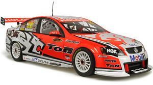 2009 Will Davison Holden Racing Team VE Commodore 1:18 Classic Carlectables Cars