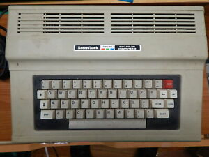 tandy radio shack color computer 2 TRS-80  64k as is