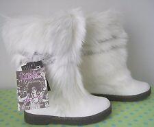 NEW*  Bearpaw   Ivory   Calf Hair  Mid  Calf   Boot     7 M    (msrp $200+)