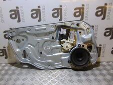 Volvo S40 2.0 Diesel côté avant régulateur - 0705873