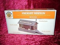 Bachmann 45171 HO PLASTICVILLE FREIGHT STATION Building Kit Train Scenery New I