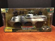 1:18 World Peacekeepers Infantry Fighting Vehicle IFV Dela0925