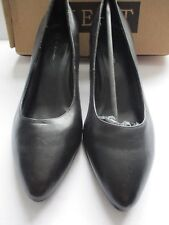 NEXT LADIES BLACK LEATHER SLIP ON COURT SHOE SIZE 8/42 NEW