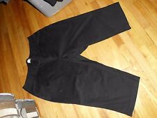 Women's C.J. Banks Stretch Black Capri's/Cropped Size 24 W Very Good Condition